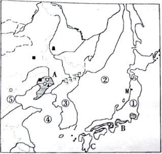 首页 高中地理  决定我国自然地理环境差异的两个基本因素是(  ) 下列
